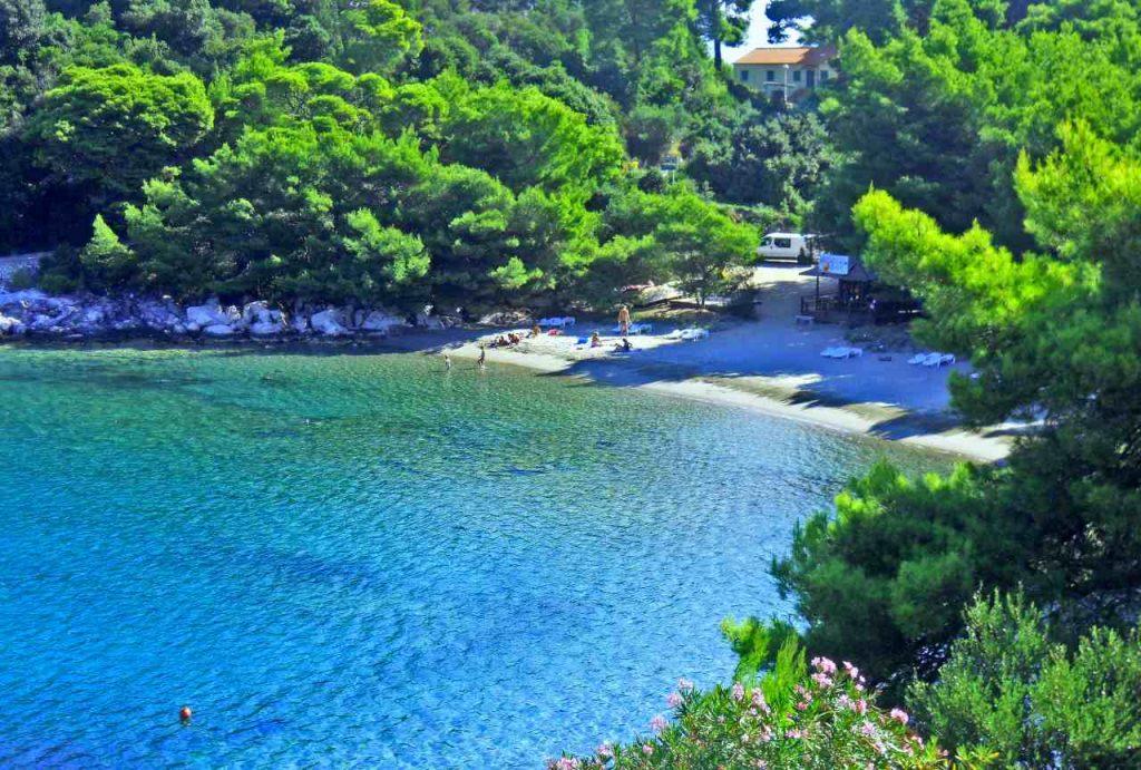 The Saplunara beach